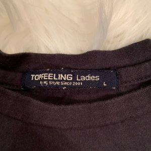 Tops - Black Laughing Kitten Crop Top